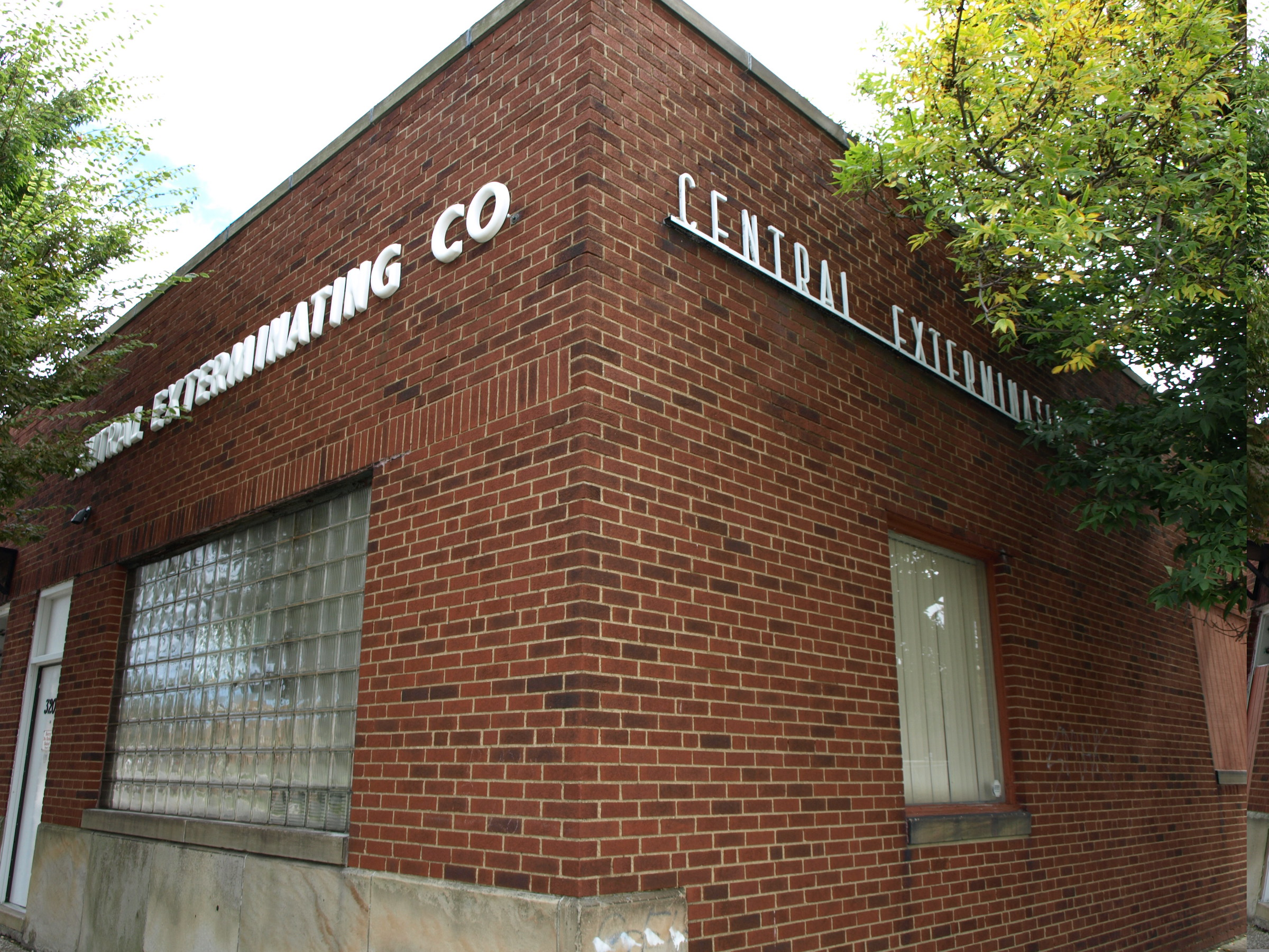 Photo of the front of the Central Exterminating office in CLeveland, Ohio